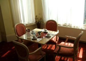 The Restaurant at Derby Hotel Kensington