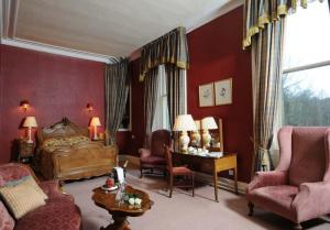 The Bedrooms at Newton Hotel