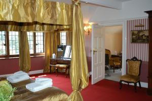 The Bedrooms at Caer Beris Manor