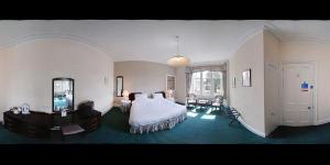 The Bedrooms at The Scot House Hotel