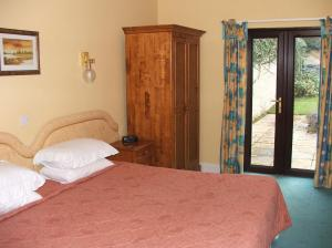 The Bedrooms at Broom Hall Country Hotel
