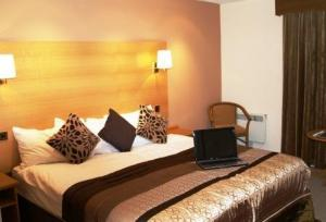 The Bedrooms at Halo Crowwood Hotel Glasgow
