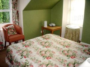 The Bedrooms at The Lomond Country Inn