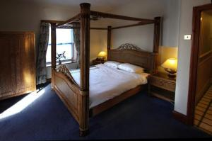 The Bedrooms at Hotel Plas Dinorwic
