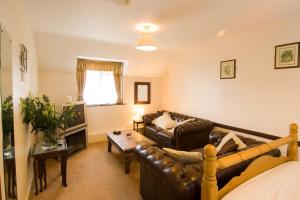 The Bedrooms at The Plume of Feathers