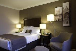The Bedrooms at Mercure Wessex Winchester
