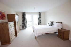 The Bedrooms at Woodlands Manor Apartments