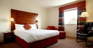 The Bedrooms at Mercure Lodge Hotel, Cardiff