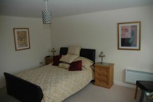The Bedrooms at Queens Head