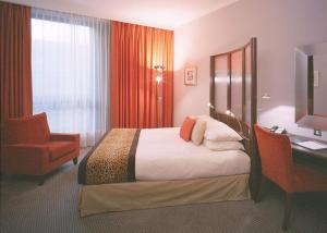 The Bedrooms at Radisson SAS Hotel Glasgow