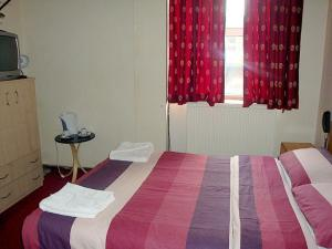 The Bedrooms at London Shelton Hotel