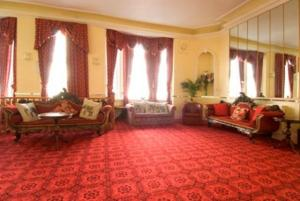 The Bedrooms at Albany Lions Hotel