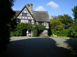 The Bedrooms at Maesmawr Hall Hotel