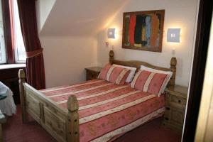 The Bedrooms at Mackenzies Highland Inn