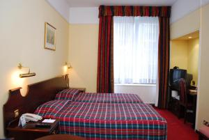 The Bedrooms at Holiday Inn Oxford Circus