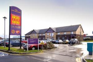 The Bedrooms at Premier Inn Blackpool Airport