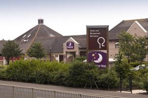 The Bedrooms at Premier Inn Dundee Centre