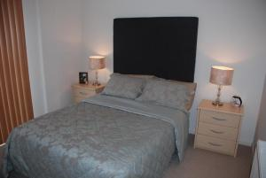 The Bedrooms at Edinburgh Pearl Apartments - Lochrin Place