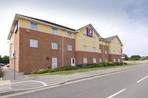 The Bedrooms at Premier Inn Swindon Central