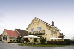 Premier Inn Welwyn Garden City A Hotel In Letchworth Garden City Hertfordshire With Disabled