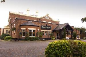 Premier Inn Wirral (Childer Thornton)