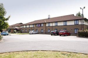 The Bedrooms at Premier Inn Oxford South (Didcot)