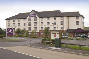 The Bedrooms at Premier Inn Glasgow North East (Stepps)