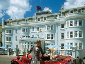 Superbly Positioned On The Seafront 4 Star Hotel Riviera In Sidmouth Has An Elegant Regency Fa Ade Providing Perfect Base From Which To Explore