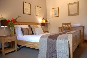 The Bedrooms at The Bat and Ball Inn