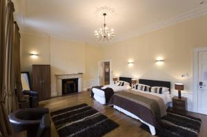 The Bedrooms at Queens Guest House