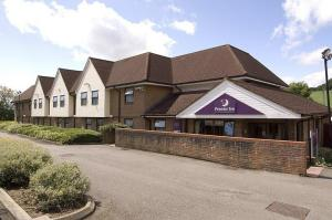 The Bedrooms at Premier Inn Dunstable South (A5)