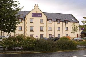 The Bedrooms at Premier Inn Edinburgh (Newcraighall)