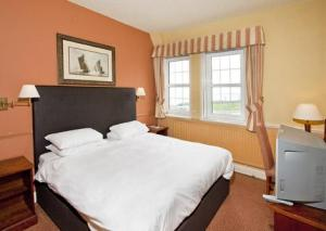 The Bedrooms at White Horse Hotel