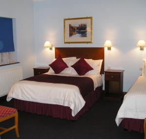 The Bedrooms at Kings Paget Hotel