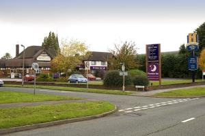 The Bedrooms at Premier Inn Wirral (Bromborough)