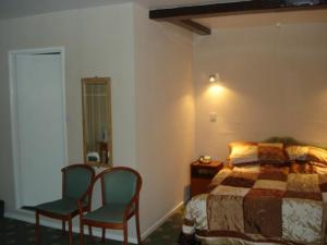 The Bedrooms at Bridge House Hotel
