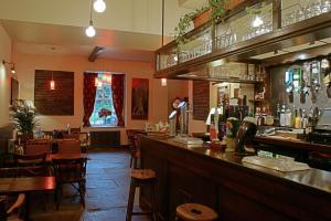 The Restaurant at Robin Hood Inn