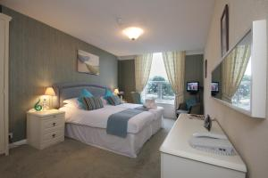 The Bedrooms at Seacrest Hotel