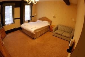 The Bedrooms at The New Inn