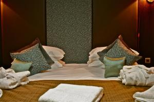 The Bedrooms at The Popinjay Hotel and Spa