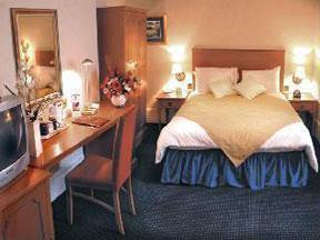 The Bedrooms at Best Western Russell Hotel