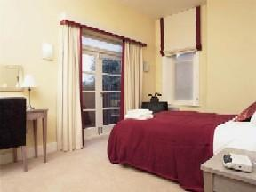 The Bedrooms at SACO Cardiff - Cathedral Road
