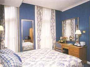 The Bedrooms at Best Western Burns Hotel