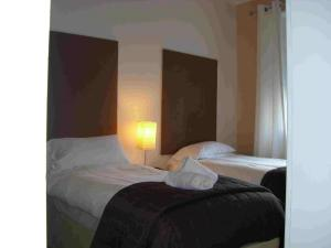 The Bedrooms at Annandale Arms Hotel