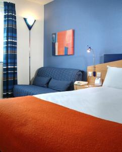 The Bedrooms at Express By Holiday Inn Southampton West