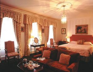 The Bedrooms at Draycott Hotel