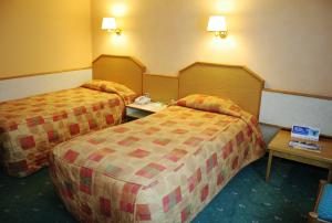 The Bedrooms at Holiday Inn Newport
