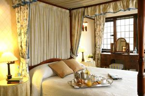 The Bedrooms at The Montagu Arms