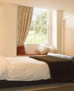 The Bedrooms at Robin Hood Inn