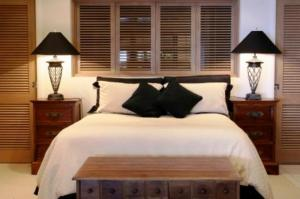 The Bedrooms at South Ferry Quay - Base Serviced Apartments